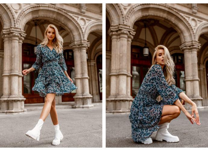 Jesienna stylizacja z sukienką mini o modnym nadruku